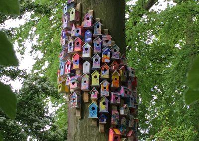 Birdhouse installation